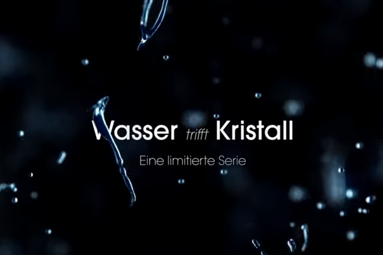 "VAMED Vitality World Image Video: ""Wasser trifft Kristall"""