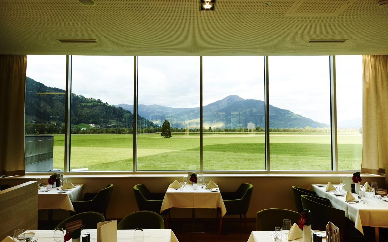 Tauern Spa Restaurant.jpg