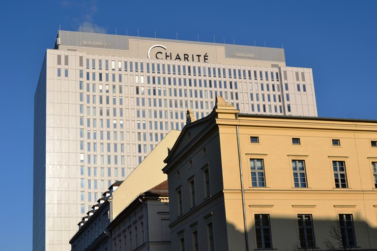 Berlin Charité Campus Mitte Tower Building L.JPG
